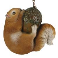 "Remeko / Decorative hanging figure ""Squirrel on an acorn"" L17W17H8cm"
