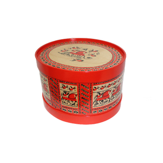 "Wooden box with lid ""Mezenskaya Rospis"" oval 22 cm"