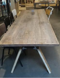 The oaken tables