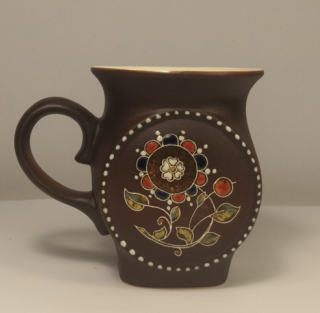 "Tea mug ""Gift"" of ceramics"