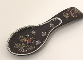 Ceramic spoon under hot