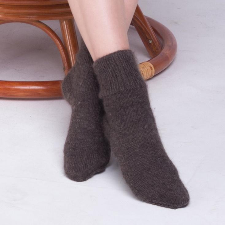 Orenburg Downy Shawl / Women's handmade socks