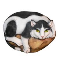 "Remeko / Decorative stone ""Cat on a stone"", L53 W38 H36 cm"