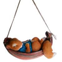 """Remeko / Decorative figure """"Squirrel in a hammock"""", L29W13H17 cm"""