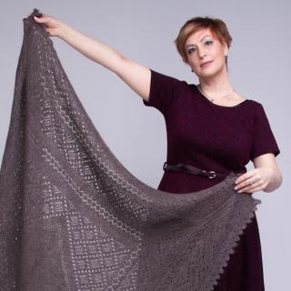 Fishnet scarf Frosty lace grey, Orenburg shawl