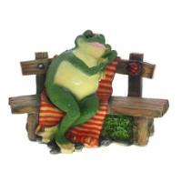 "Remeko / Decorative article ""Frog on a bench"", L37 W23 H31"