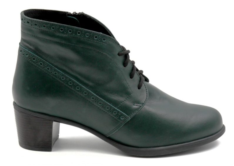 "Ortomoda / Orthopedic women's shoes ""Chelsea"" made of genuine leather, green"