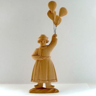 A souvenir Seller balloons, Bogorodskaya thread