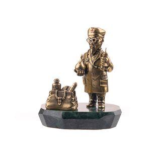 """Figurine """"Doctor Aybolit"""""""