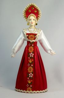 Doll gift porcelain. Kostroma lips. Russia. Maiden costume (styling).