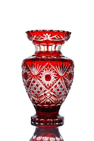 "Crystal vase for flowers ""Amphora"" red"
