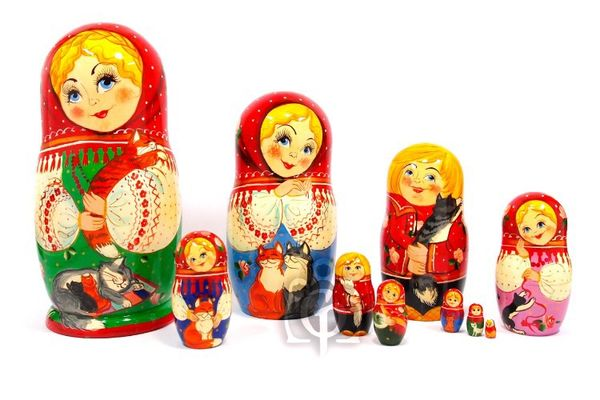 Russian woman - a nesting doll booklet, 10 dolls - booklet No. 14 'Cats'