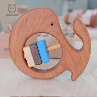 "Bug / Wooden rattle ""Whale"""