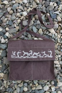 Men's bag made of linen with long handles