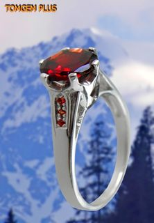Silver ring 925 with 5mm pomegranate and red sapphires