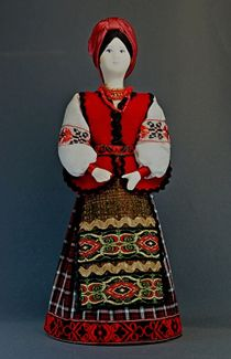 Doll gift porcelain. Kiev lips. Girl in national Ukrainian costume. Late 19th - early 20th century.