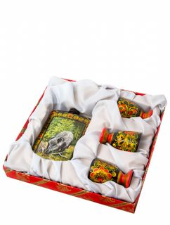 Gift set with flask