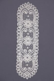 Carpet lace oval with floral ornament