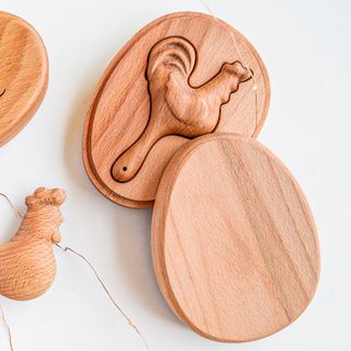 "Wooden rattle ""Petushok - Zolotoy grebeshok"" in the gift box"