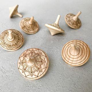 Spinner pinwheel engraved