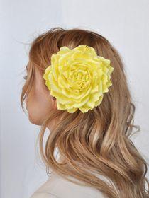 Hair clip brooch rose yellow