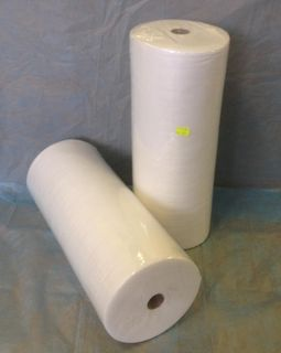 """Disposable towel White, """"Standard"""", 45 x 90 in roll."""
