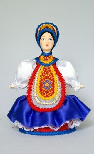 Doll gift porcelain. Costume maiden festive.(pastiche). Late 19th - early 20th century. Center. Russia.