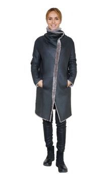 Reversible zipped sheepskin coat
