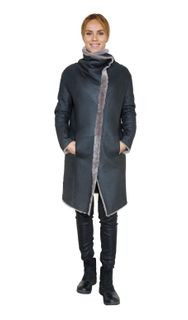 Reversible zipped sheepskin coat