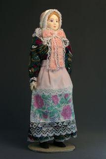 Doll gift porcelain. Polish festive folk costume.