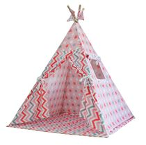 Wigwam 'Pink Gingerbread' with a rug