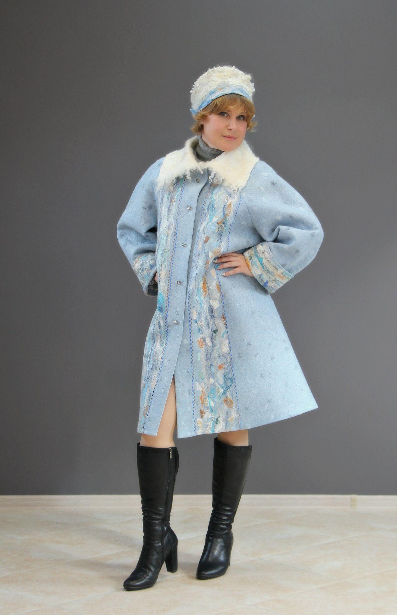 "Kudelka / Felted demi-season coat ""Sounds of the North"" merino wool"