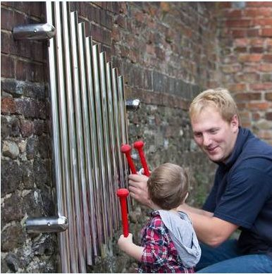 Hercules / Xylophone outdoor, wall