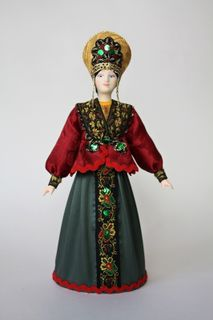 Doll gift porcelain. Russia. Maiden costume.