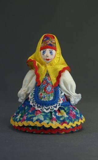 Doll-poteshka gift. Marfusha. Wood, textiles.