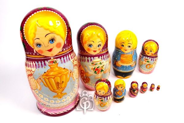 Russian woman - a nesting doll booklet, 10 dolls - booklet No. 14 'Samovar'