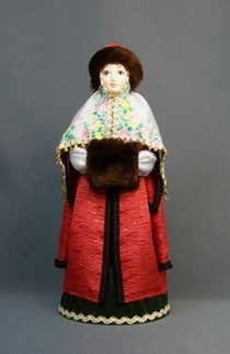 Doll gift porcelain. Boyar in winter clothes with a clutch. 16th-17th centuries Russia.