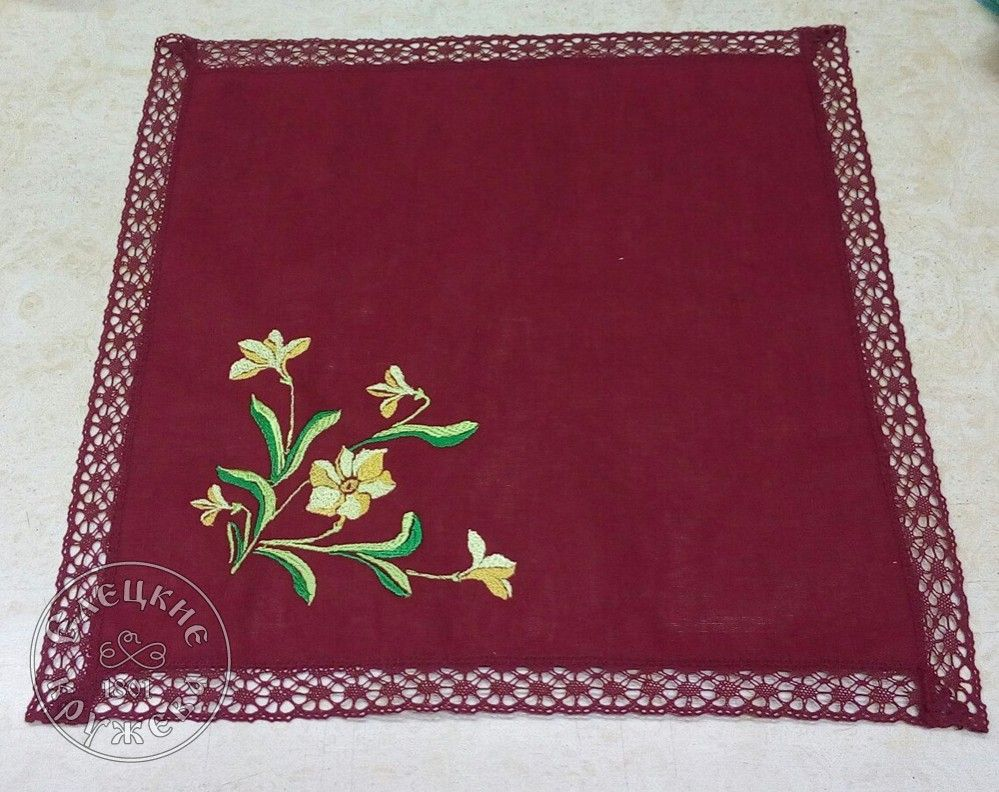 "Yelets lace / Linen napkin ""Daffodils"""