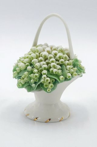Basket with flowers porcelain option No. 4