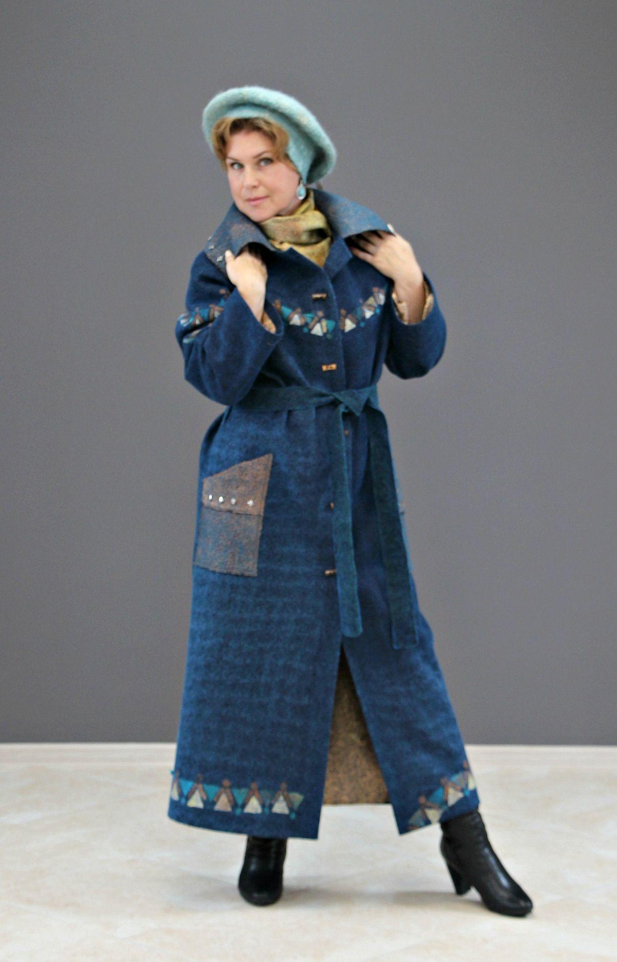 "Kudelka / Felted demi-season coat ""Iridescent blue"" merino wool"