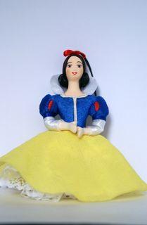 Snow white pendants-large