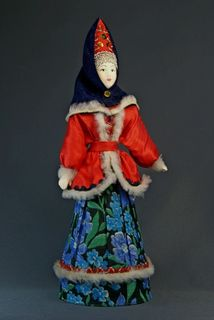Doll gift porcelain. Kostroma lips. Russia. Women's winter clothing. Late 19th-early 20th century.