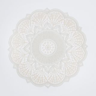 Cloth with silk thread embroidery hand-work, Fig.4, d=22 cm