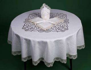 Tablecloth Lace embroidered Richelieu