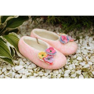 """Children's slippers """"Smile"""" handmade"""