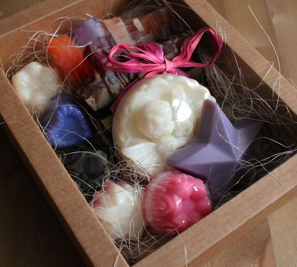 Festive - handmade soap set - 9 items
