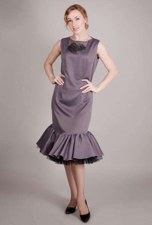 "Dress women's ""Russian seasons"" adjacent silhouette"
