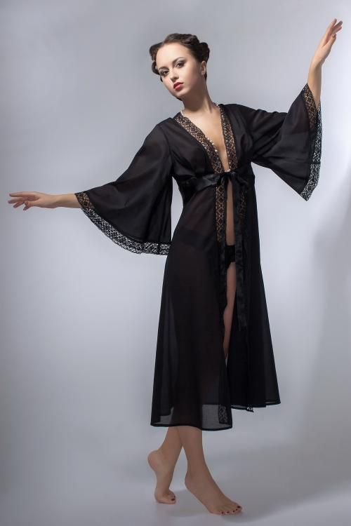 "Negligee ""Black Swan"""