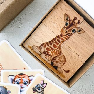 """Cubes with pictures of """"Animals"""" (4 cubes in a cardboard box)"""
