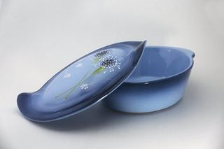 """Oval baking dish with handles """"Meal with lid"""" Milk thistle medium"""